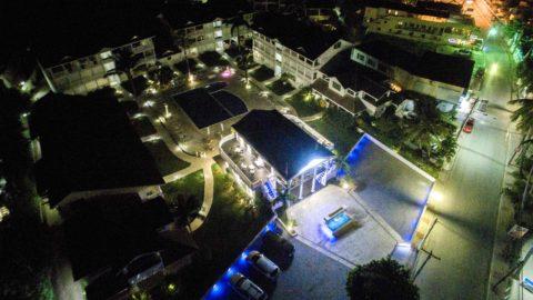 Albachiara Hotel Residence vista notturna da drone